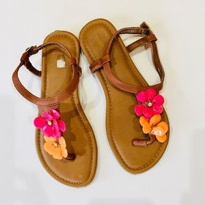 Other - Flower shoes sandles sandals teen style size 4